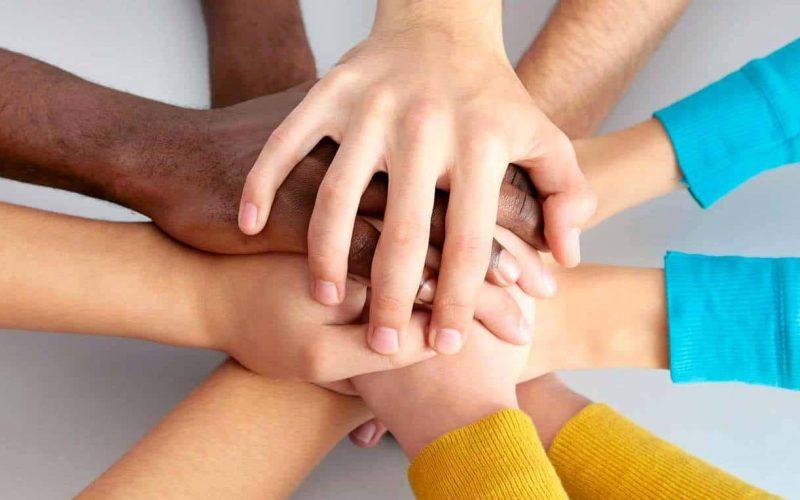 قائمة باسماء المؤسسات الخيرية والإنسانية في دولة الإمارات العربية المتحدة